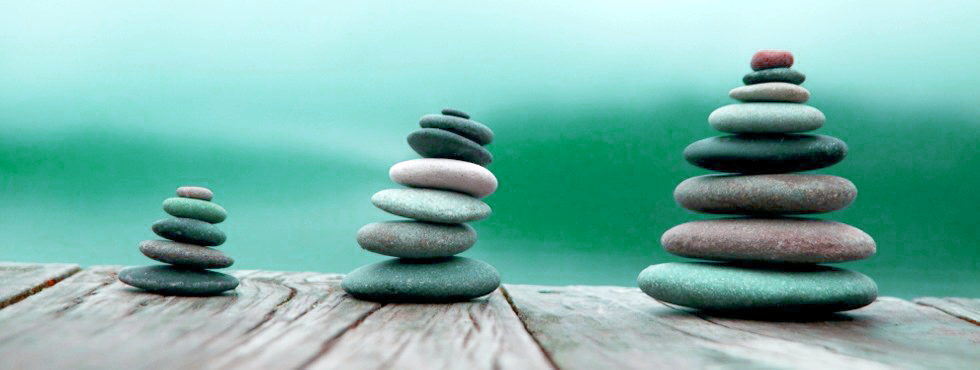 Stones in balance - green